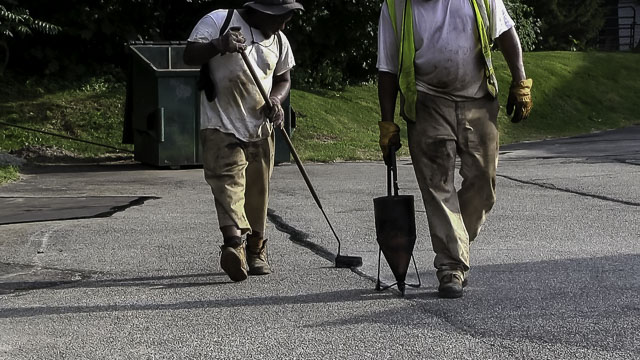 Parking Lot Repair in Sayville New York, Asphalt Crack Filling